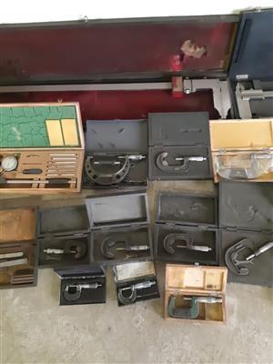 Veniers, calibers and gauges