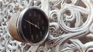 AC clock / rev / speedo for british cars (has no glass)