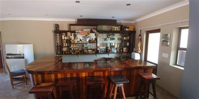 Solid Kiaat Bar