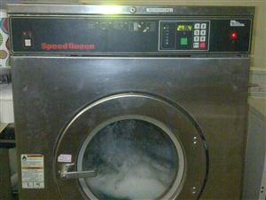 Speed Queen Industrial Laundry washing machine 23Kg (3 Phase)