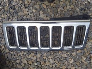 Jeep Commander Front Griil