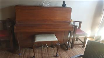 SOLID CAST IRON FRAME PIANO