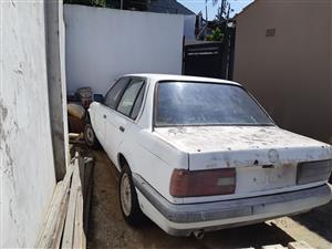 1988 BMW 3 Series 320i
