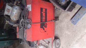Telwin co 2 Welder for sale