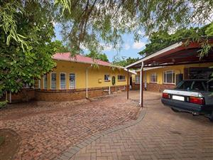 "Lovely ""Art Deco"" Style House for sale in Pretoria North for sale  Pretoria - Pretoria North"
