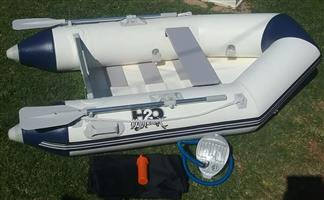H2O INFLATABLE BOAT - NEW