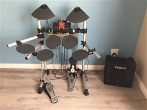 Yamaha DTExplorer Electronic Drum Set