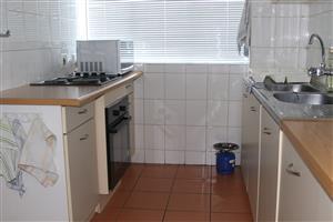 Spacious net 2 bedroom flat for sale in Kilner Park