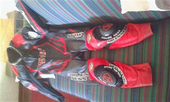 Arlen Ness biker suit