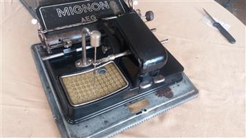 AEG Mignon model 3 index typewriter