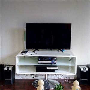 @ Home high gloss TV stand