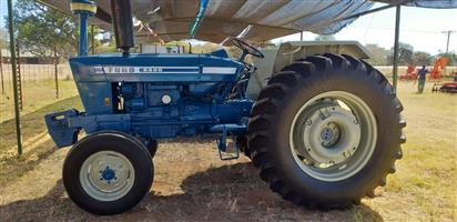 Ford 6600 met Power steering , baie goeie toestand