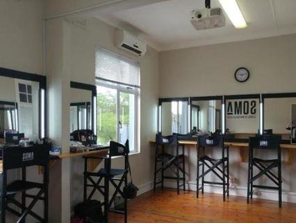 Commercial To rent in Morningside