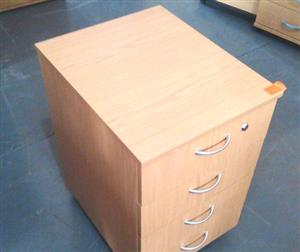 Oak mobile pedestal with 4 drawers