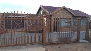 Neat 3 specious bedroom house to rent soshanguve ww