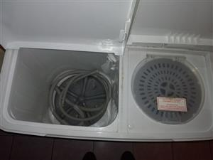 Fully Functional Secondhand Washing Machine for Sale