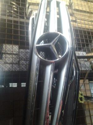 MERCEDES BENZ USED FRONT GRILLS FOR SALE