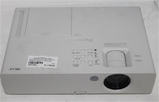 Panasonic lcd projector with remote and vga cable and power cable S037158A #Rosettenvillepawnshop