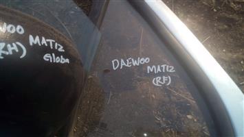 Daewoo matiz right front door glass