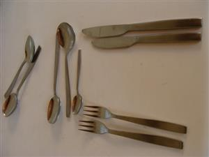 VINTAGE - Viner of Sheffield-Cutlery Set-58 Piece