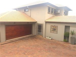 Estate Living in Bergtuin, Waverley Pretoria,  Full Title Waverley Ridge Estate