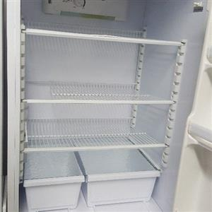 Fridgemaster 500+ litres frost fridge freezer combi