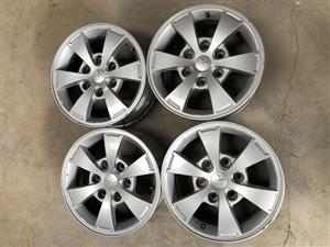 """Mitsubishi Mags 16"""" with Nuts like New 6x139 PCD"""