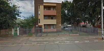 Spacious Bachelor and 1 Bed flats to rent in Turffontein