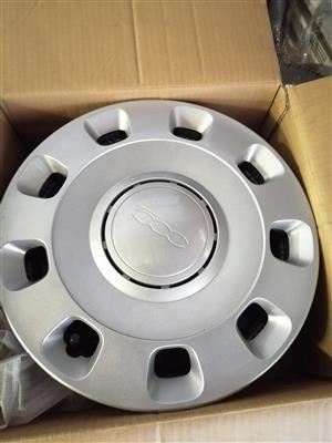 Fiat 500 rims with hub caps