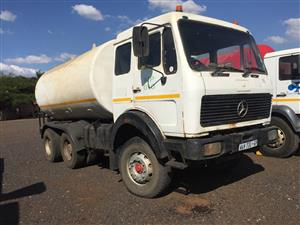 Mercedes Benz Water Tank Double Axle Pre-Owned Truck