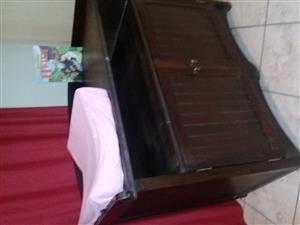 Sleigh cot and compactum for sale.