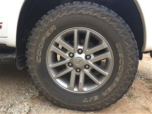 Need a Rim like this 17 inch for a Toyota Hilux
