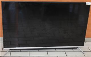 S035664A Skyworth 49 inch smart tv with remote #Rosettenvillepawnshop