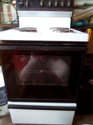 KELVINATOR 4 Plate stove for sale
