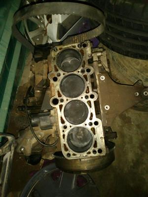 A4 1.8 engine block v5 in very good condition
