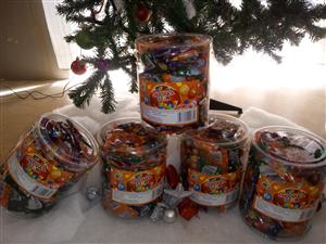 Christmas Hampers, chocolates and cakes