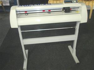 V-1707 V-Series High-Speed USB Vinyl Cutter, 1700mm Working Area, In-house VinylCut