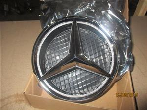 MERCEDES W205 LAD FRONT BADGE