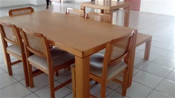 Wooden table, 6 chairs & 2 side tables