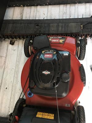 Self propelled 4 stroke lawn mower for sale