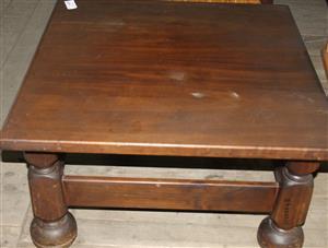 S035624B Brown coffee table #Rosettenvillepawnshop