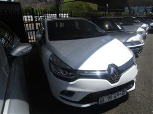 2016 Renault Clio 1.4 Expression 3 door