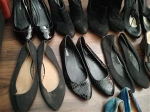 Pre-loved ladies' shoes