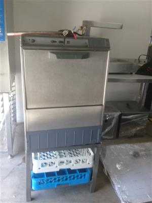 dishwasher on stand / glass washer on stand complete