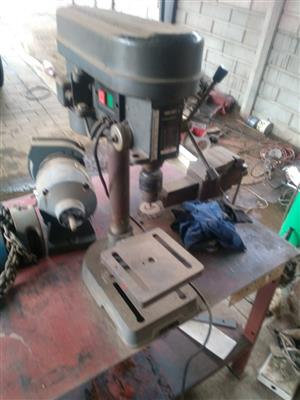 Solid Steel Work Bench with Press Drill and Bench Grinder R1750