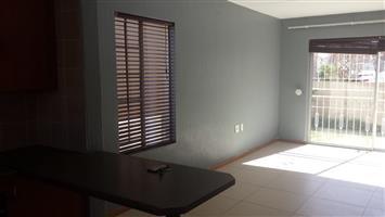 Halfway Gardens garden cottage to rent for R3800