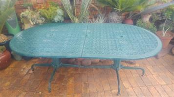 Cast/Aluminium table only