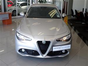 2018 Alfa Romeo Giulia sedan GIULIA 2.0T SUPER