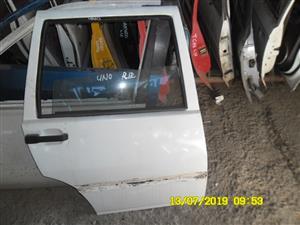 Uno right rear doorshell