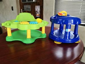 BABY 2 X BATH CHAIRS FOR SALE R150